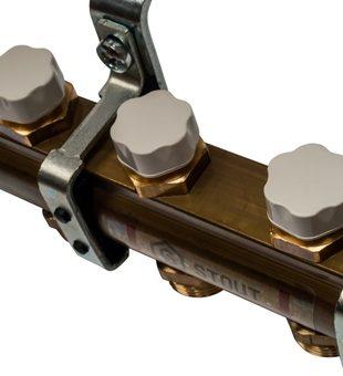 SMB 0468 000004 STOUT Распределительный коллектор из латуни без расходомеров 4 вых.